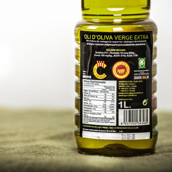 Oli d'oliva verge extra. Cooperativa Agrícola de l'Albi. Detall etiqueta 1 L oli